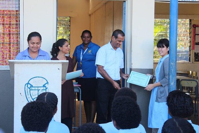 【Ratu Navula】学校から表彰を受けました!